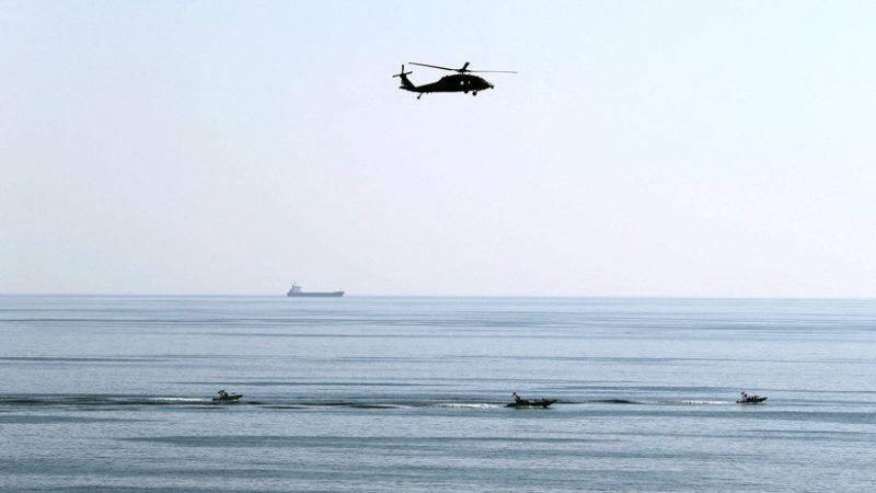 """Canciller iraní: """"Si EE.UU. entra en el estrecho de Ormuz debe hablar con la Guardia Revolucionaria"""""""