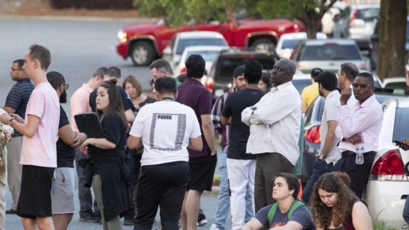 Tiroteo en campus universitario de Carolina del Norte deja 2 muertos y 4 heridos