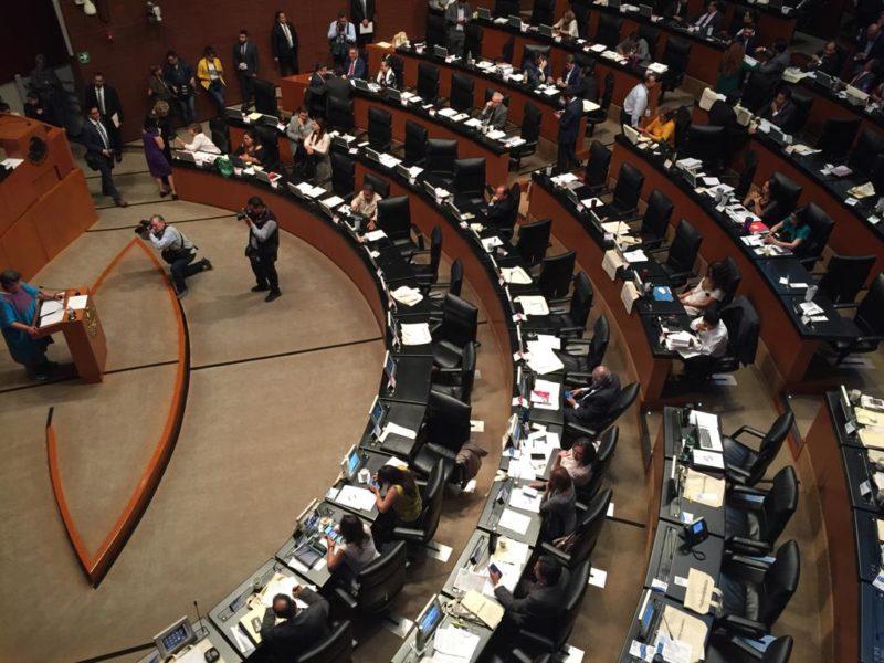 Senadores de todos los partidos denuncian acoso para aprobar reformas