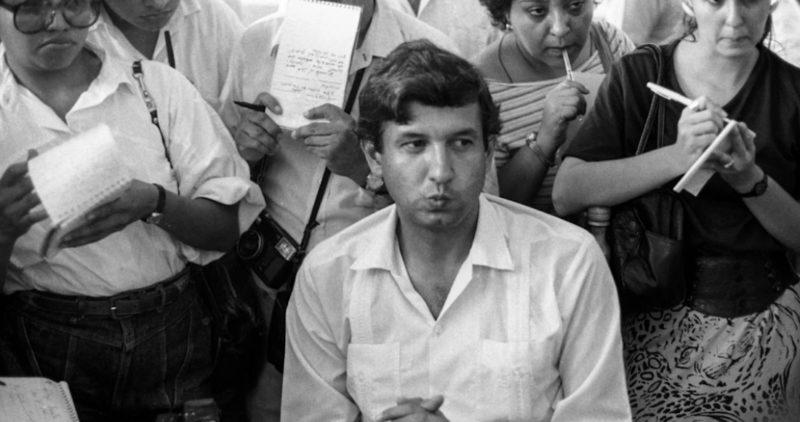 Los archivos del Cisen dicen que AMLO intentó hacer que el PRI -al que pertenecía y dirigía en Tabasco- brincara hacia el comunismo