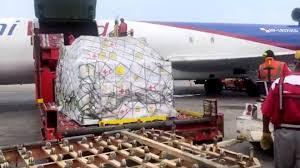 Videos: Llega a Venezuela el primer avión con ayuda humanitaria de la Cruz Roja