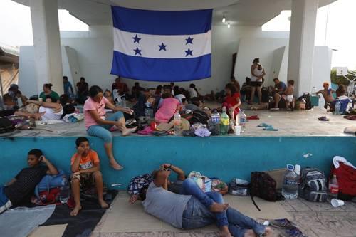 Atorados en la frontera sur, 5 mil 366 extranjeros, según el INM