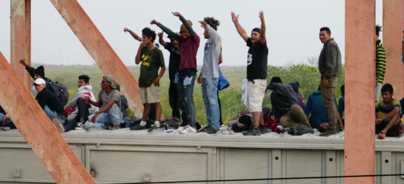 """Estado mexicano, obligado a dar """"máxima protección"""" a niños migrantes: juez federal"""