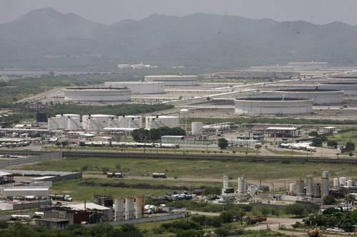 Busca Pemex aumentar producción con desarrollo de 20 nuevos campos