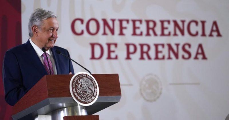 AMLO dice a sus críticos: México será autosuficiente en producción de gasolinas en mayo de 2022