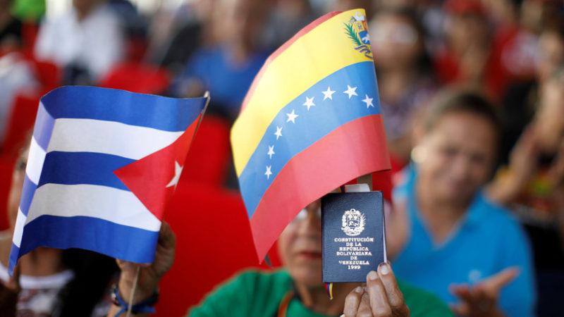Trump propone a Cuba una nueva apertura si sale de Venezuela