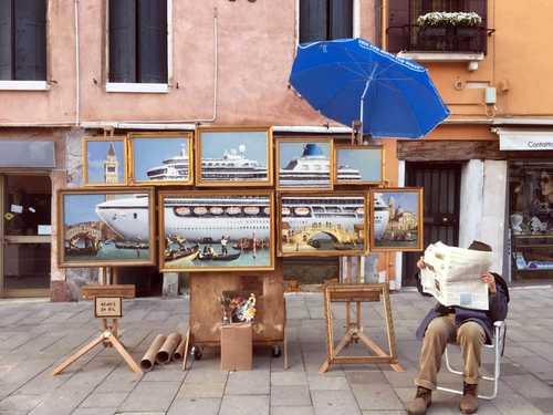 El enigmático Banksy apareció en Venecia y nadie se dio cuenta