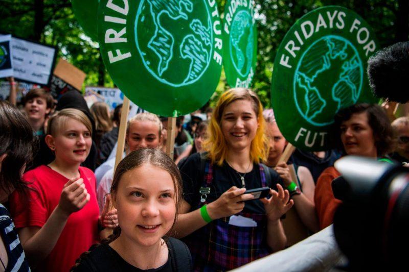 Estudiantes en mil 600 ciudades se manifiestan contra cambio climático