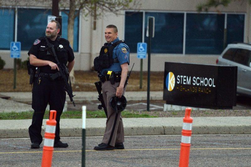 Tiroteo en escuela de Denver deja un muerto y siete heridos