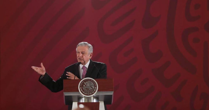 """AMLO, sobre la lista de periodistas que recibieron dinero de Peña Nieto: """"No sólo era publicidad: hacían otros negocios con el Gobierno"""""""