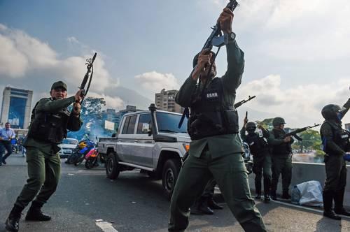 Venezuela, el títere y el titiritero