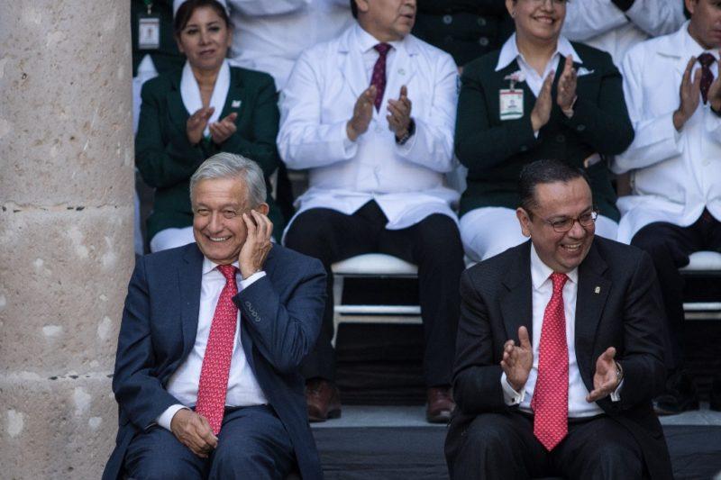 Discrepa AMLO de las quejas de Germán Martínez que motivaron su renuncia al IMSS ; dice que hay sustitutos
