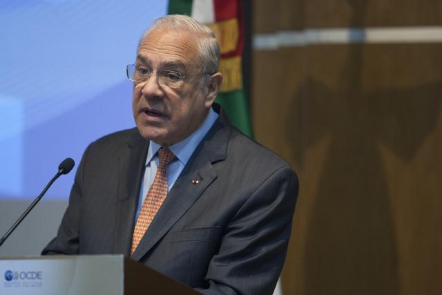 AMLO afirma que la economía crecerá por encima de pronósticos de tecnócratas, opositores y corruptos