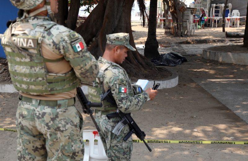 Detiene Semar a seis 'huachicoleros' en Puebla