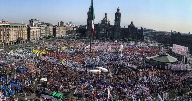 Obreros de México y el mundo marchan/protestan por las malas condiciones del empleo