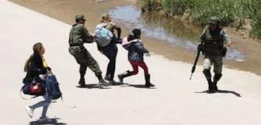 """Video: Reconoce AMLO """"excesos"""" con migrantes; ofrece revisar casos"""
