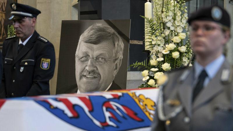 Neonazi confiesa haber matado a un político pro-inmigración