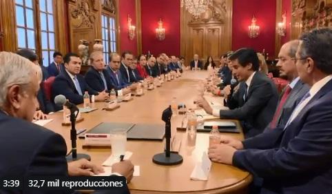 Video: Firma AMLO acuerdo de refinanciamiento de Pemex con 23 bancos