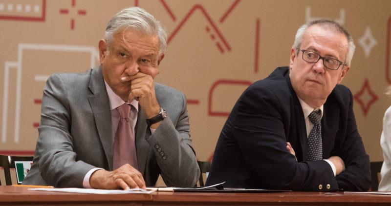 """El ex Secretario de Hacienda, Carlos Urzúa, dice a Proceso que Alfonso Romo es el """"conflicto de interés"""" del Gobierno de AMLO"""