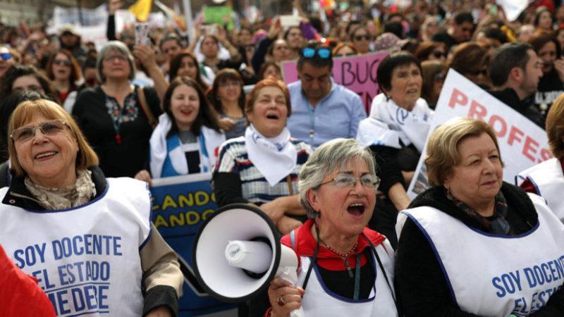 Video:  El paro de docentes en Chile entra en su sexta semana