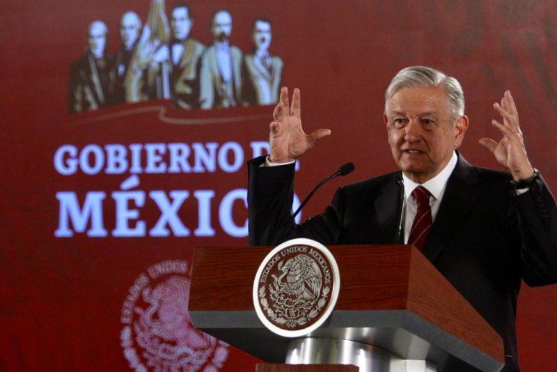 """AMLO anuncia gestiones para cancelar los """"injustos"""" aranceles de EU al jitomate y acero mexicano"""