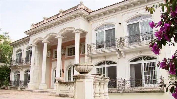 Dinero por la venta de la mansión de Zhenli Ye Gon será destinado a deportistas: AMLO; el chino-mexicano se ampara para impedir la liquidación del inmueble