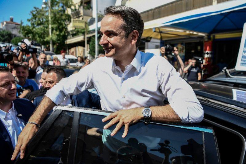 Se impone líder del partido conservador a Tsipras en elecciones de Grecia