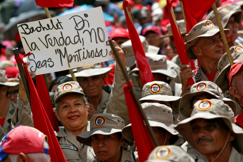 Video: Venezolanos salen a las calles en rechazo al informe de Bachelet sobre el país