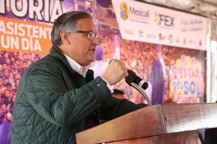 "Alcalde panista de Mexicali presenta ante Suprema Corte un recurso contra ""ley Bonilla'"