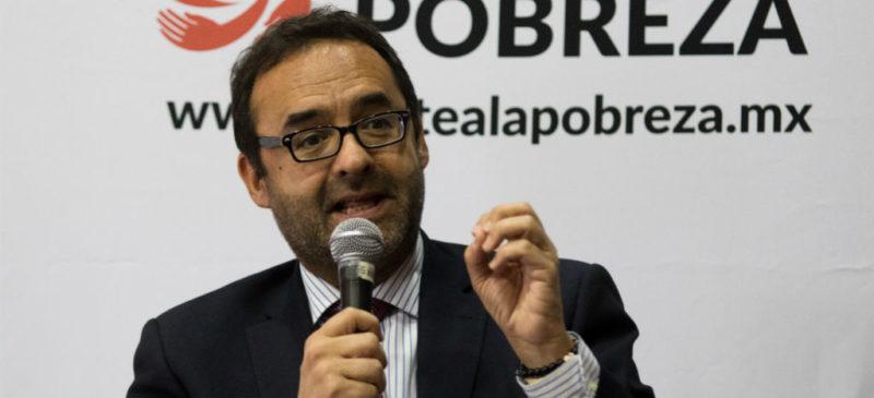 Video: Destituyen a Hernández Licona del Coneval; lo sustituye José Nabor Cruz