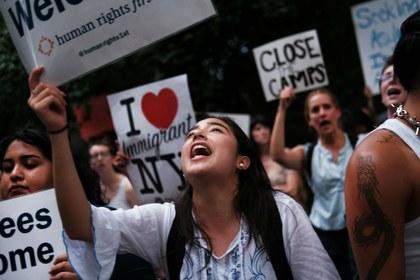 Protestas por maltrato a migrantes rivalizan con fastos de Donald Trump por el 4 de julio