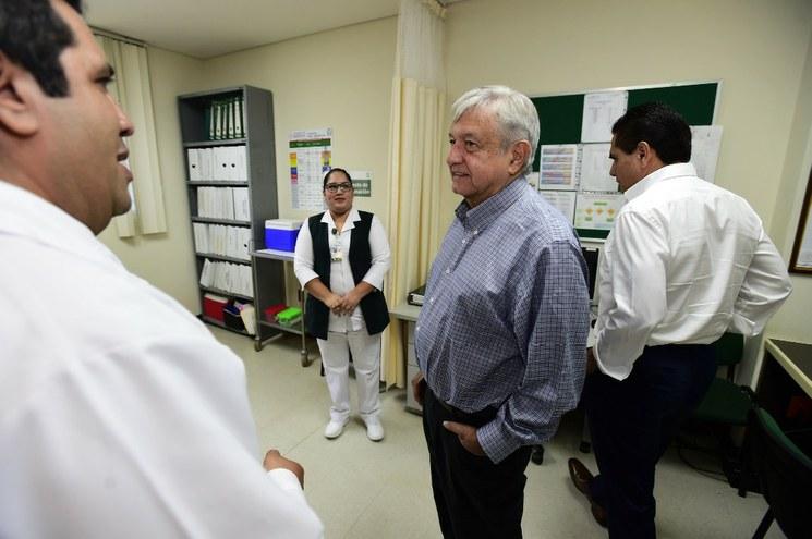 Faltan 123 mil médicos generales en el sistema de salud por el rechazo de aspirantes en las escuelas de medicina de universidades públicas : AMLO