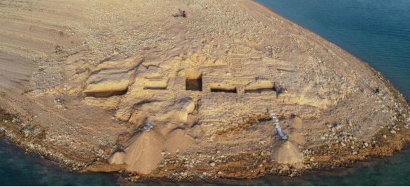 Kemune, el palacio de 3 mil 400 años que emergió de las aguas de una presa en Irak