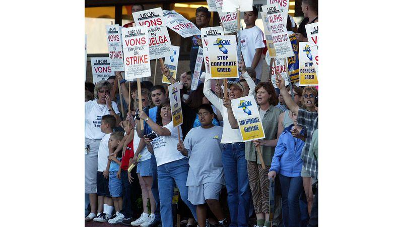 Respaldo a huelga y boicots contra Ralphs, Vons, Albertsons y Pavilions