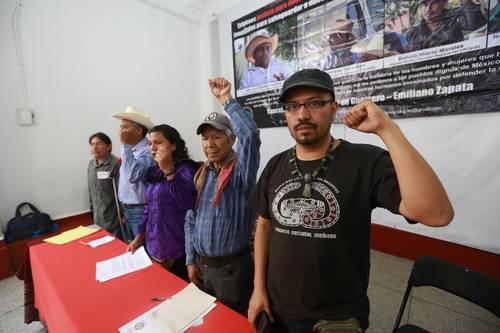 Indígenas denuncian omisión oficial ante grupos denarcoparamilitares; buscan detener la lucha de las comunidades en defensa de su territorio y sus recursos naturales, denuncian