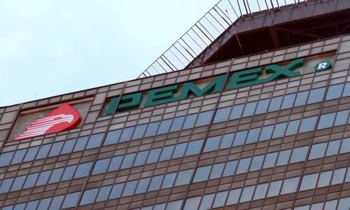 Disminuye deuda de Pemex por segundo trimestre al hilo