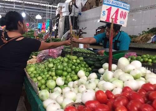 Inflación anual de 3.29%, la más baja en tres años y medio