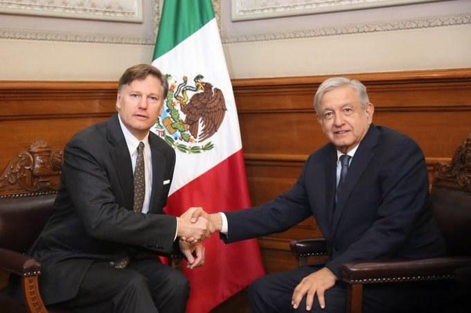 Insiste AMLO a EU en ejercer acción legal por matanza de El Paso