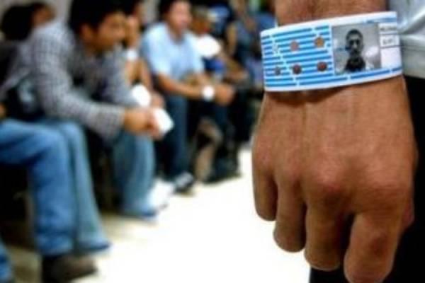 Calculan en un millón los migrantes detenidos por EU en límites con México