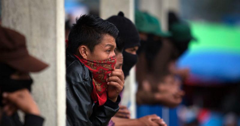 """El EZLN anuncia 11 """"Caracoles"""" y 16 municipios rebeldes nuevos; AMLO le responde: """"Bienvenidos…"""""""