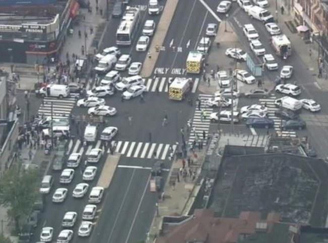 Hieren a seis policías en un tiroteo en Filadelfia