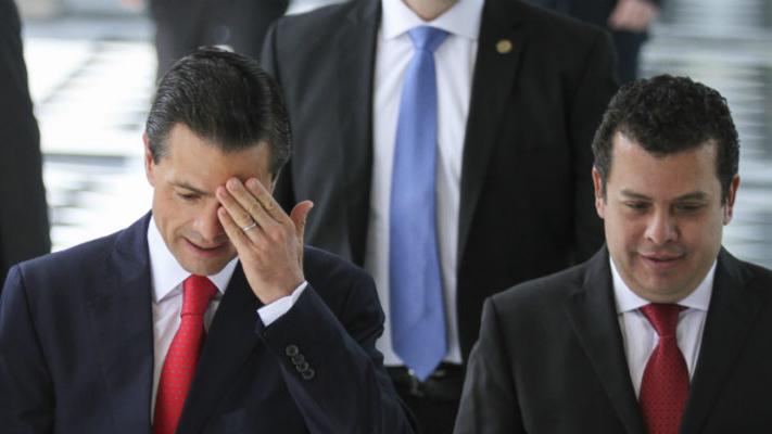 Video: Peña Nieto ya es investigado por posible corrupción por la Unidad de Inteligencia Financiera; detecta una posible red de extorsión operada por funcionarios cercanos a él y despachos ligados a Presidencia
