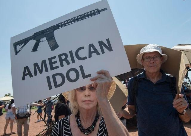 Madre de atacante de El Paso advirtió a la Policía del arma de su hijo