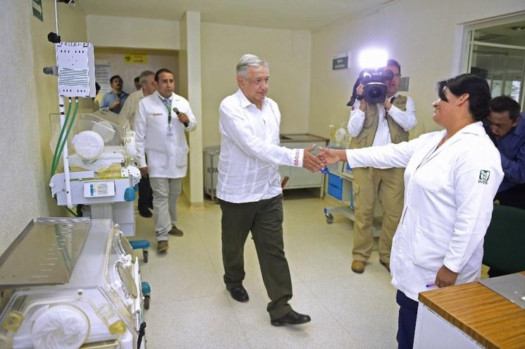 Propone AMLO que para que un médico ingrese al IMSS, primero labore 5 años en el Sistema Bienestar, que opera, fundamentalmente, en áreas rurales