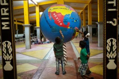 Ante crecientes riesgos , México atenderá el flujo de niños migrantes no acompañados