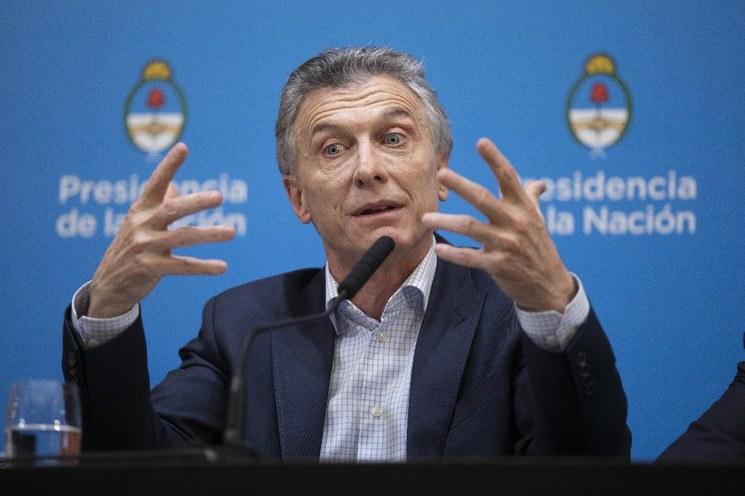 Estupor y pánico financiero en Argentina por la derrota de Macri