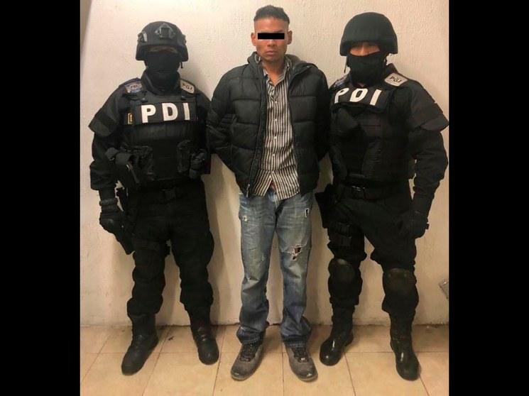 """Prisión preventiva para el agresor del periodista de Adn40; su mamá dice que """"es un buen muchacho que se equivocó"""" y la Fiscalía lo asocia a banda criminal"""