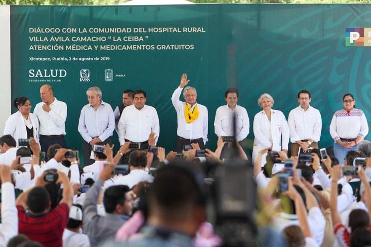 Para la reestructuración del sector salud, 80 mil millones de pesos, anuncia AMLO