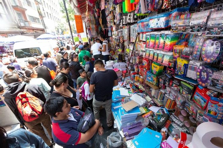 Vacaciones y regreso a clases generan derrama de 480 mil millones de pesos