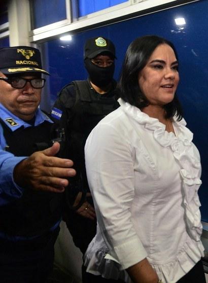 Condenan en Honduras a 58 años de prisión a ex primera dama